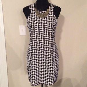 EUC Houndstooth Dress