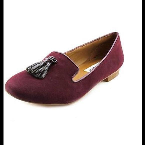 777b63719f4 STEVE MADDEN Burgundy Suede Chaufur Tassel Flats10.  M 579ecdda522b45853e01e9f9. Other Shoes ...