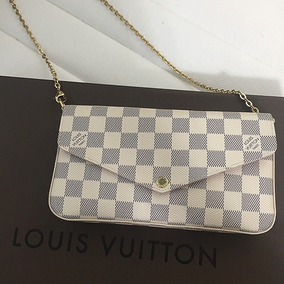 9b9a9f66b4dc Louis Vuitton Handbags - Louis Vuitton Pochette Felicie in Damier Azur