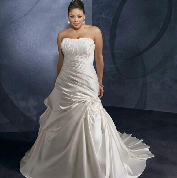 Mori Lee Wedding Gowns: 41% Off Mori Lee Dresses & Skirts