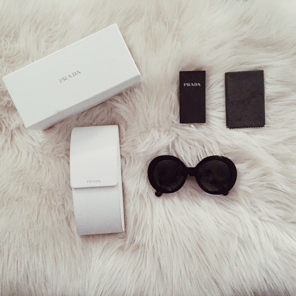 d46c481166ad ... low price coupon for prada polarized baroque sunglasses 20225 3c0d2  28761 b29b1