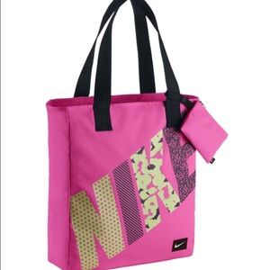 ❤️NEW!❤️ LAST ONE!Nike Young Athletes Rowena Tote.