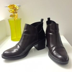 Zara booties. Black and chocolate. Gold zipper