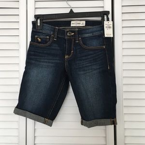 Abercrombie & Fitch Other - NWT jean Bermuda shorts