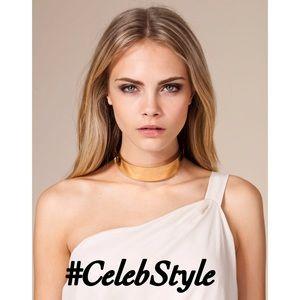 Jewelry - ✨New! Sleek Celeb Style Gold Choker
