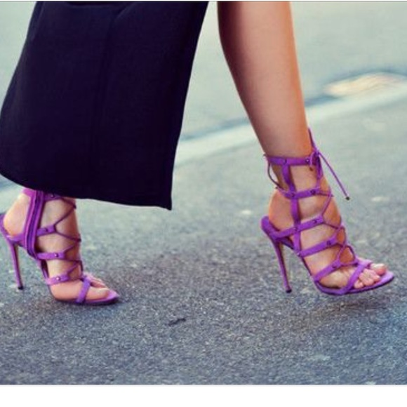 49b4775a18bf JimmyChoo Orchid Meddle Caged Sandals