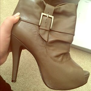 Jessica Simpson Shoes - NWB Jessica Simpson heeled booties!