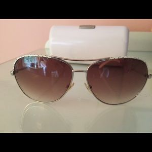 Gorgeous jimmy choo sunglasses with the case