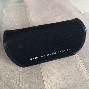 Marc Jacobs Accessories - Marc Jacobs Sunglasses Case