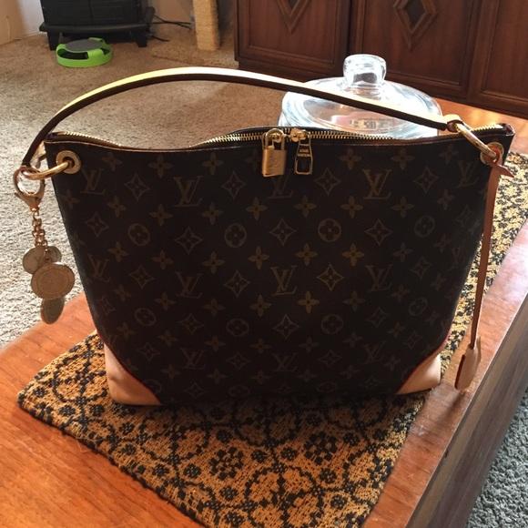 52189bee0d19 Handbags - 🌻My Berri bag🌻💛