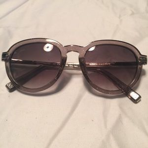 Authentic Louis Vuitton Sunglasses!