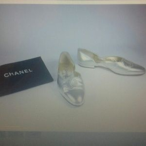 Chanel gold leather logo flats