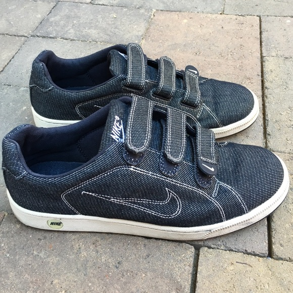 ef2b2ca7065488 Nike BRS dark blue denim velcro sneakers size 10.5.  M 579fc11a3c6f9fdd2c0033fe