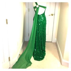 ❤️! Emerald Green Evening/Pageant Gown- Sz 10