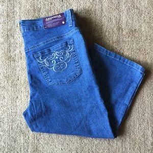 Gloria Vanderbilt Pants - Gloria Vanderbilt AMANDA Classic Fit Capri Pants