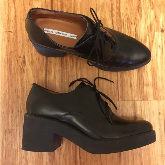 86d198f6d6a & Other Stories Lace Up Leather Shoes