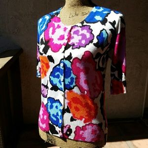 Audrey & Grace Tops - 229) Oversize flower print top bright colors