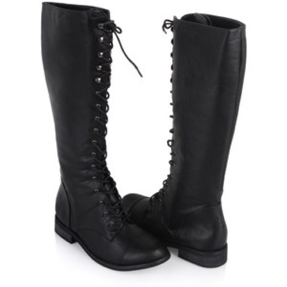 a410e0b6b21b Forever 21 Shoes - Knee high lace up combat boots