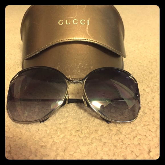 f4a629da9fb Gucci Accessories - Authentic Gucci GG 2846 s sunglasses