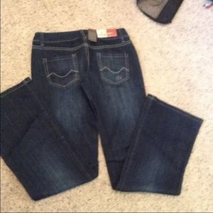 New Mossimo Boot Cut sz 5 Jeans