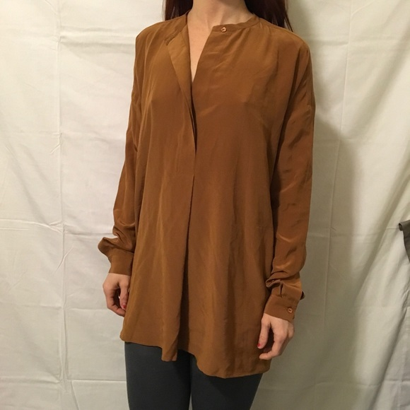 0fdc46efad6205 Vince Brown Silk Over Sized Button Down Blouse. M 585c94b25c12f80dba023986