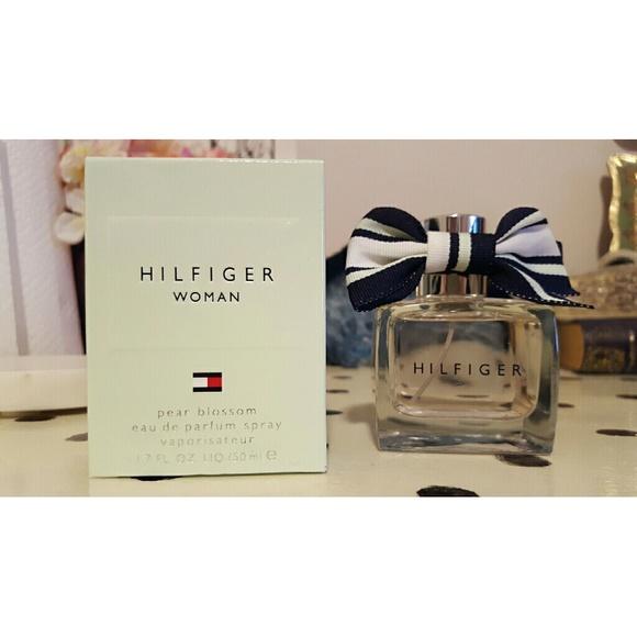 Hilfiger Pear Blossom spray perfume. M 57a01ff09c6fcfab2f001e08 b4b80e0392
