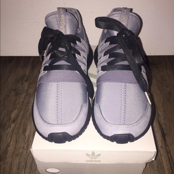 Women s Adidas mi Tubular Radial tennis shoes 6d9a215dc0