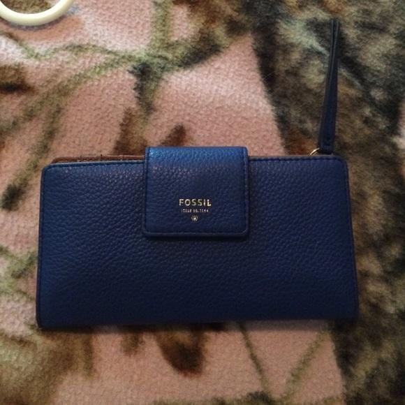478ecc6fd6d6 Fossil EMMA RFID TAB CLUTCH Wallet
