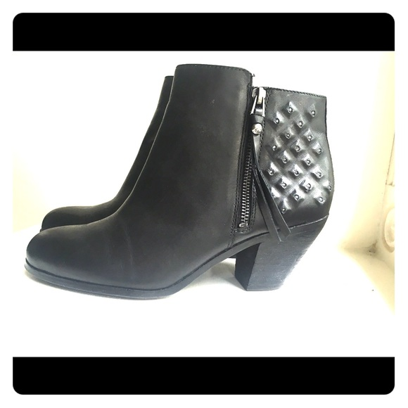 1b6f5c71c822 Sam Edelman Lucille Black Leather Bootie. M 57a0e9928f0fc47b2b009353