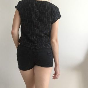 H&M Tops - H&M Love Is Hard Top