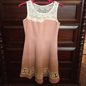 Midi dress size large BUNDLING NOW AVAILABLE 10%