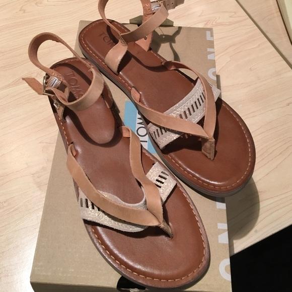 198f1d0033c TOMS Lexie Sandstorm Sandals 8.5