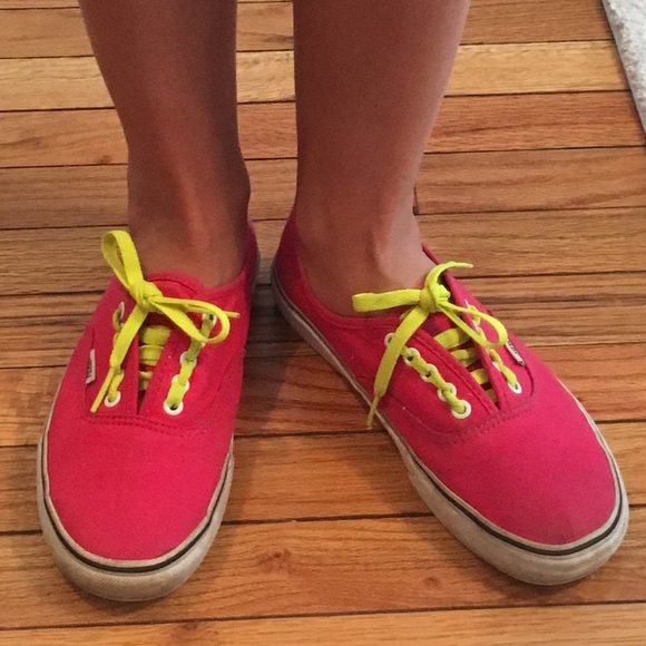 061d5af88d5 Dark pink Vans with neon yellow laces and bottom. M 57a898cb4e8d1774e70026db