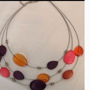 Jewelry - Gorgeous Glass and Wood Bead Necklace