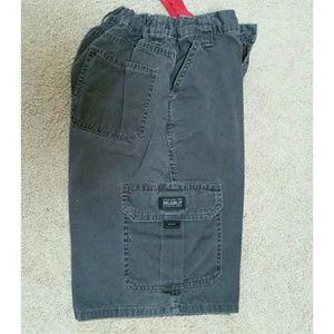 Wrangler Other - Wrangler cargo shorts in charcoal