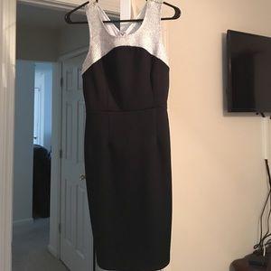 Dresses & Skirts - Black & gold dress