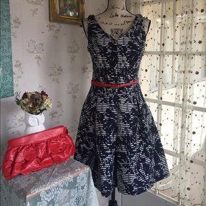 Just Taylor Sleeveless Navy White Full Skirt Dress