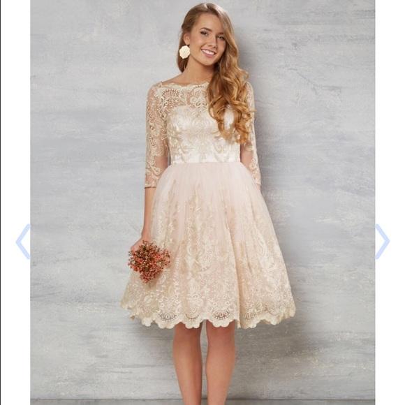 420978802fd Modcloth Gilded Grace lace bridal dress. M 57a14a206a5830a2d701aafb
