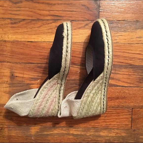 79 off tommy hilfiger shoes tommy hilfiger size 7 5. Black Bedroom Furniture Sets. Home Design Ideas