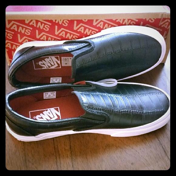 c320804523 NEW VANS Croc Leather Black Classic Slip Ons