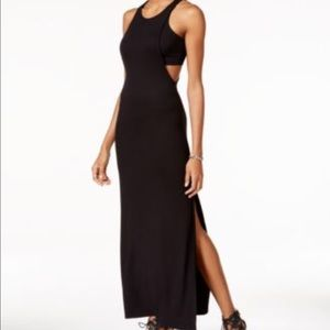 Guess Selita maxi dress xs End of summer sale!!
