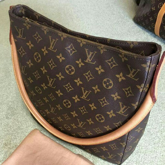 26ef661e1d3d Louis Vuitton Handbags - 100% Authentic- Used Slightly LV Looping GM Ml1010