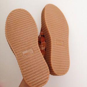 87d78de7f26 Puma Shoes - RIHANNA FENTY camo creeper