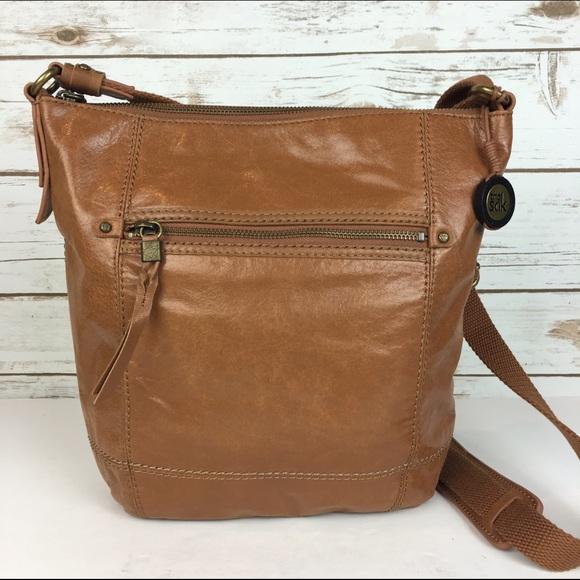 96ac000bfa0e ... Cognac Leather Crossbody Bag Boho Hippie. M 57a256a22de5120e7d001292