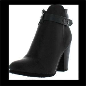 Breckelles Shoes - Breckelle's Block Heel Ankle Bootie