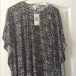 NWT Michael Kors black printed batwing tunic top
