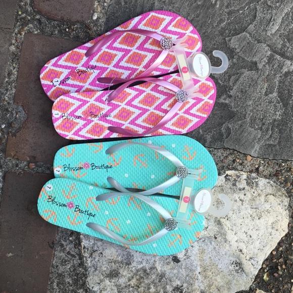 8edb3664a52297 Blossom Boutique flip flops