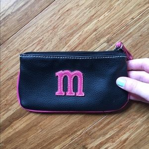 """Leather """"M"""" wallet"""