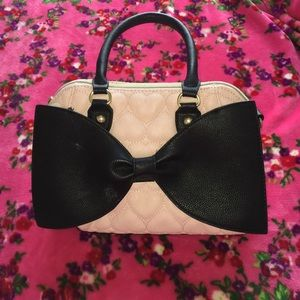 Betsey Johnson light pink bag with big black bow