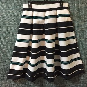 Dresses & Skirts - Stripe pleated a line skirt